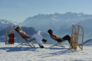 verbier-deck-chairs_skiworld.co.uk