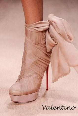 valentino-couture-ss10-shoes